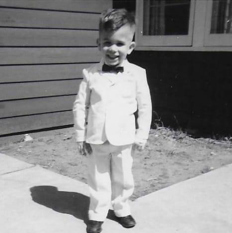 SQ bow tie