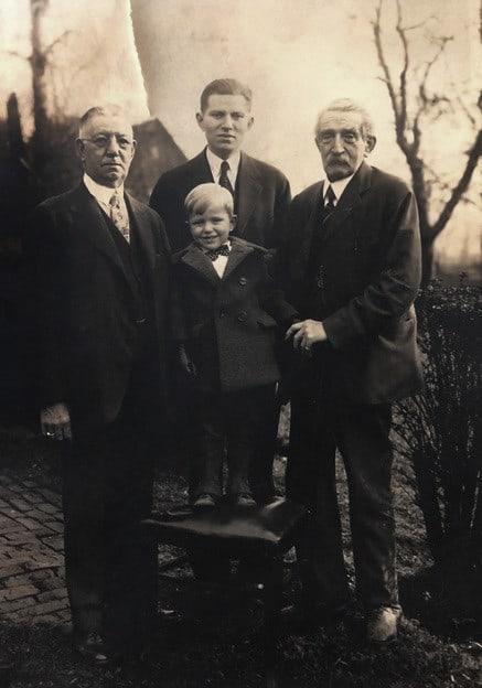 PM #1 4 generations PM