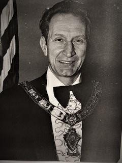 Larry Berglund (2)